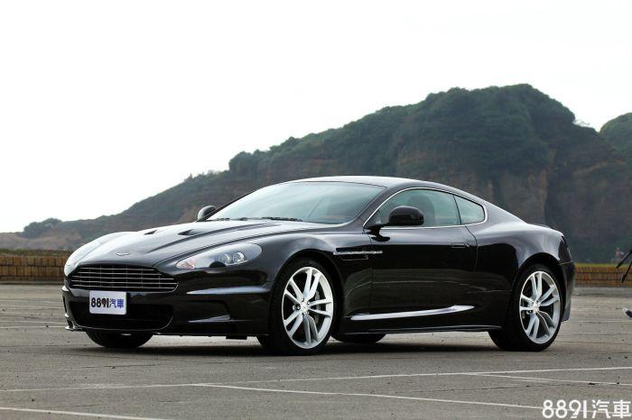 Aston Martin DBS 外觀圖片