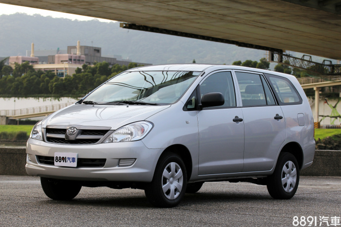 Toyota Innova 外觀圖片
