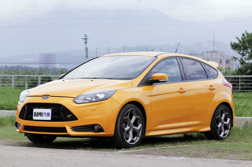 Ford Focus 5D