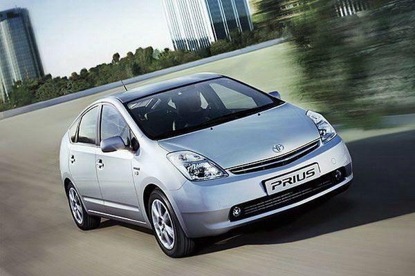 Toyota Prius Hybrid 外觀圖片