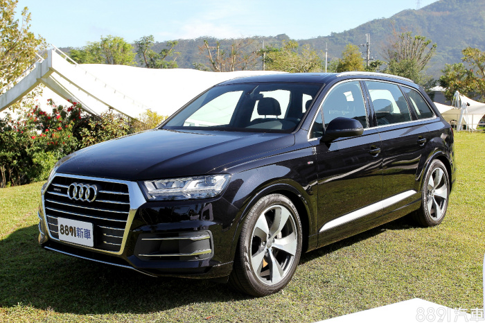 Audi Q7 外觀圖片