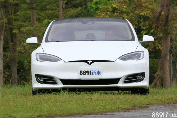 Tesla Model S 外觀圖片