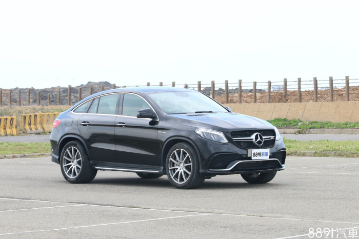 Mercedes-Benz GLE Coupe 外觀圖片