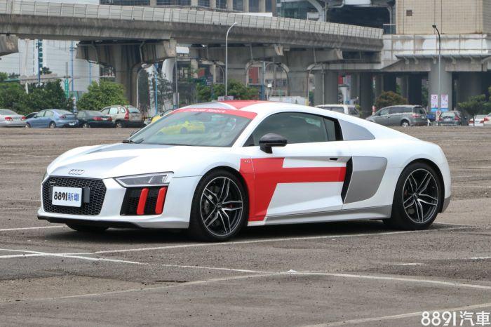 Audi R8 外觀圖片