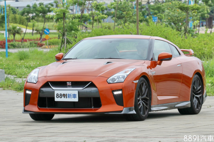 Nissan GT-R 外觀圖片
