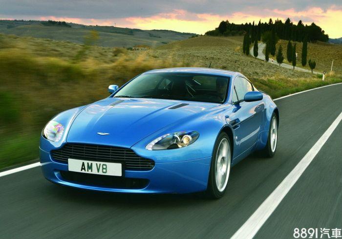 Aston Martin V8 Vantage 外觀圖片