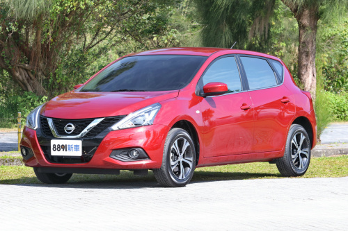 Nissan/日產 Tiida 5D