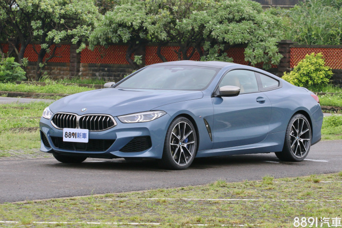BMW 8-Series Coupe 外觀圖片