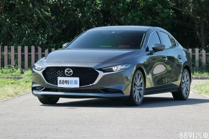 Mazda 3 4D 外觀圖片