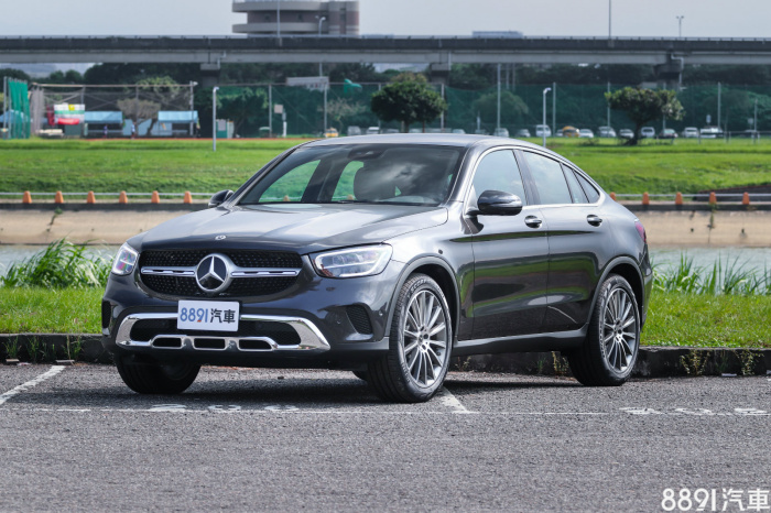 Mercedes-Benz GLC Coupe 外觀圖片