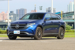2020 Mercedes-Benz EQC 400 4Matic 運動版