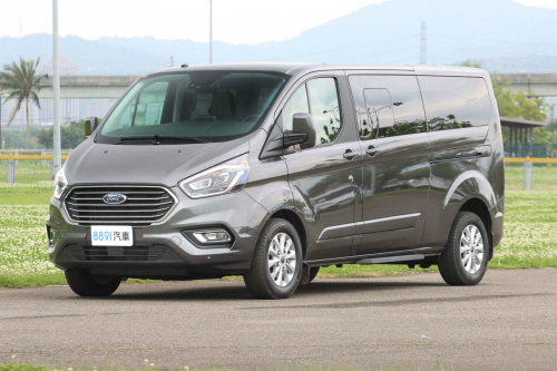 Ford Tourneo Custom/旅行家